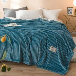 Plaid/Couvre lit super doux ! Couverture molletonnée, sur le lit, le sofa