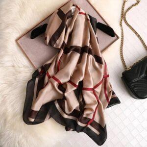 Luxe foulard en soie été femmes châle, bandanna, paréo