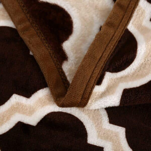 Couvre Lit Noir & Or doux   Couverture / Plaid avec formes