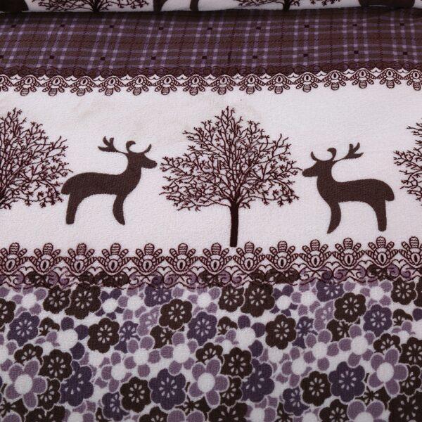 Couvre-lit noir & blanc | Cerf dans la forêt | Plaid fleuri